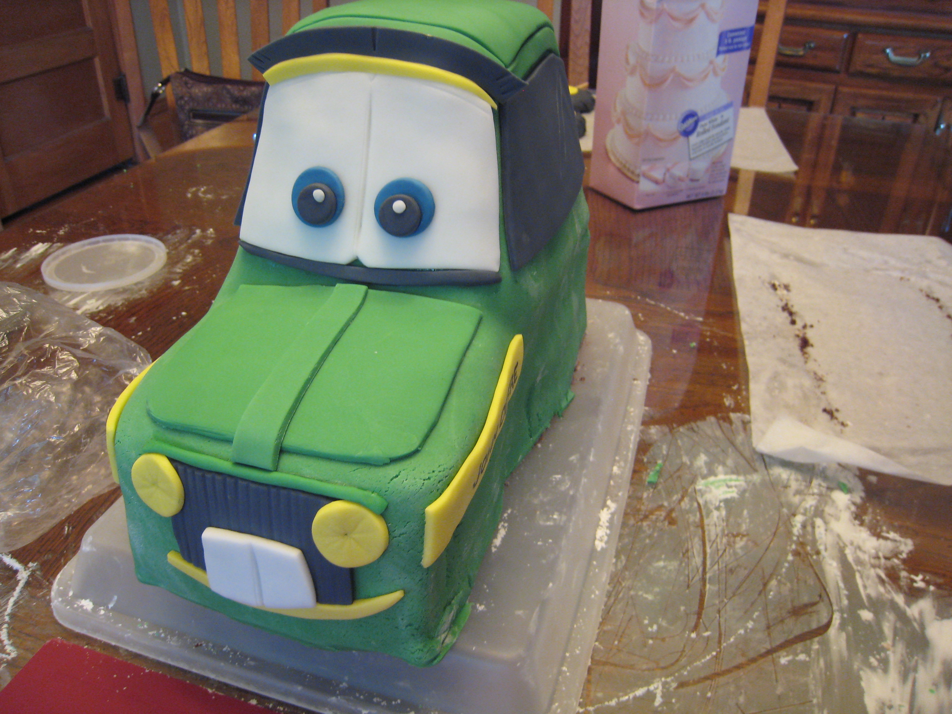 Coolest John Deere Birthday Cake Featured On The Web